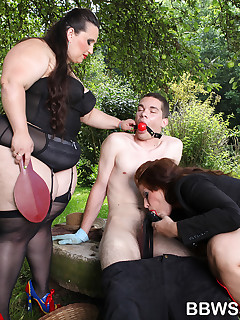 BBW Sandwich. BBWs Marta and Jitka love to dominate men sexually
