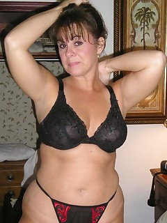 Fat Amateur MILF. Check out these fat moms in the Stockings. I did not know they made sexy undies and shit in that size.
