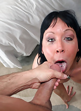 Brunette.., Throated