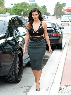 Celebrity Spanker kardashian voluptuous