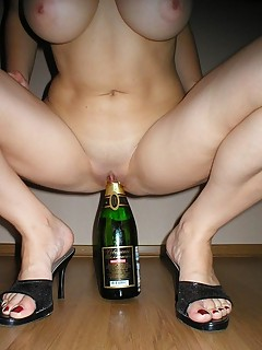 Drunk ExGF MILFs drink check