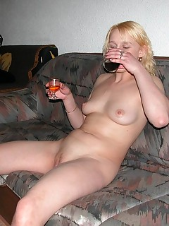 Drunk ExGF MILFs suck love