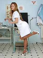Viktorie.., Exposed Nurses