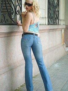 Fuck My Jeans. Horny blonde chick in blue jeans sucks big cock and eats hot cum