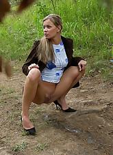Hot lass.., Pee Hunters